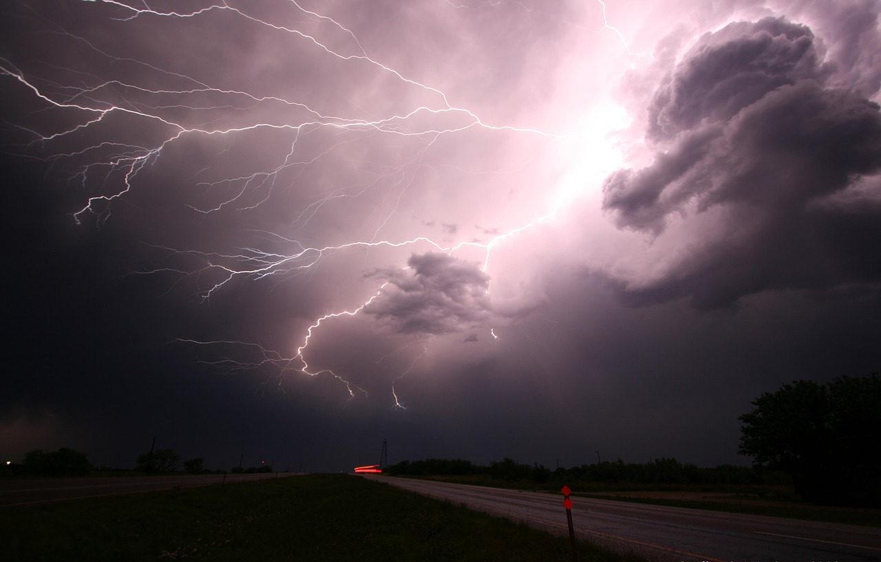 So gelingt Gewitter-Fotografie | Nie wieder Blitze verpassen