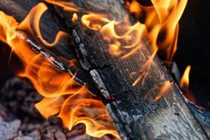 9 einfache Tricks beim Feuer Fotografieren